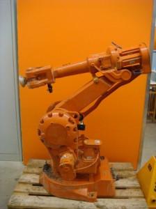 Робот ABB IRB 2400/16-1,5 M2000