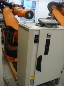 Робот Kuka KR 180