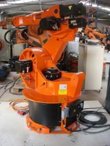 Робот KUKA KR 30-2