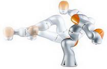 На выставке IREX 2013 KUKA представила первый легкий робот LBR IIWA для промышленного применения