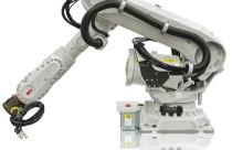 ABB добавляет два варианта в свою линию крупных промышленных роботов